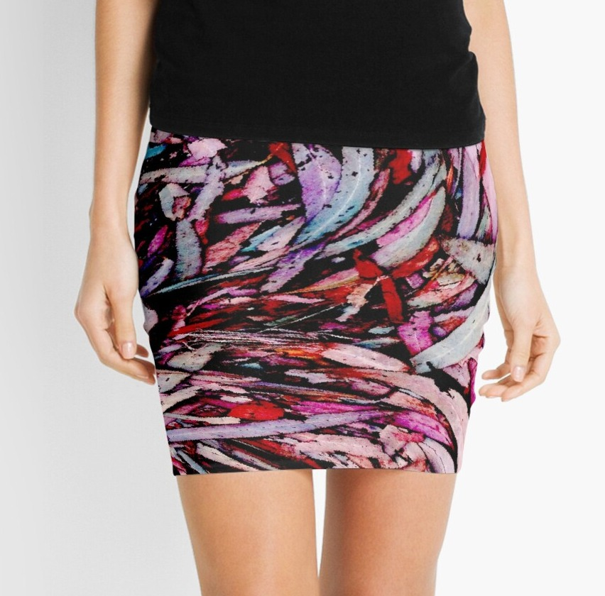 mini skirts, womens fashion, outfit, clothing , Avril Thomas